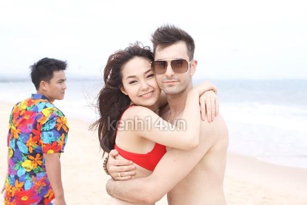 Xem hình ảnh sex của ca sĩ Minh Hằng